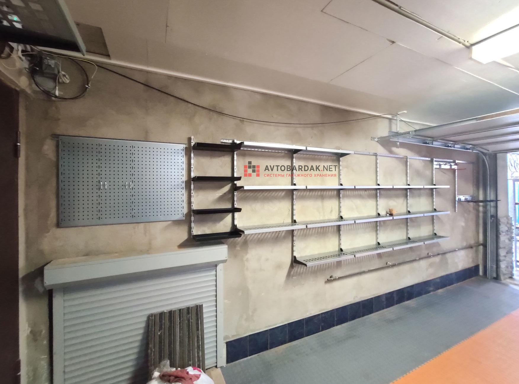 Проект №5: гараж (39,5 кв.м). Монтаж напольного покрытия и обустройство стен + видео.