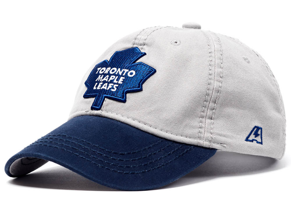Бейсболка NHL Toronto Maple Leafs серая