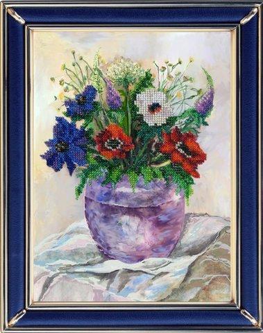 Тема: Цветы¶Техника: Вышивание бисером¶Размер: 19х25,5 см¶Основа: Ткань (хлопко-льняная) с нанесенны