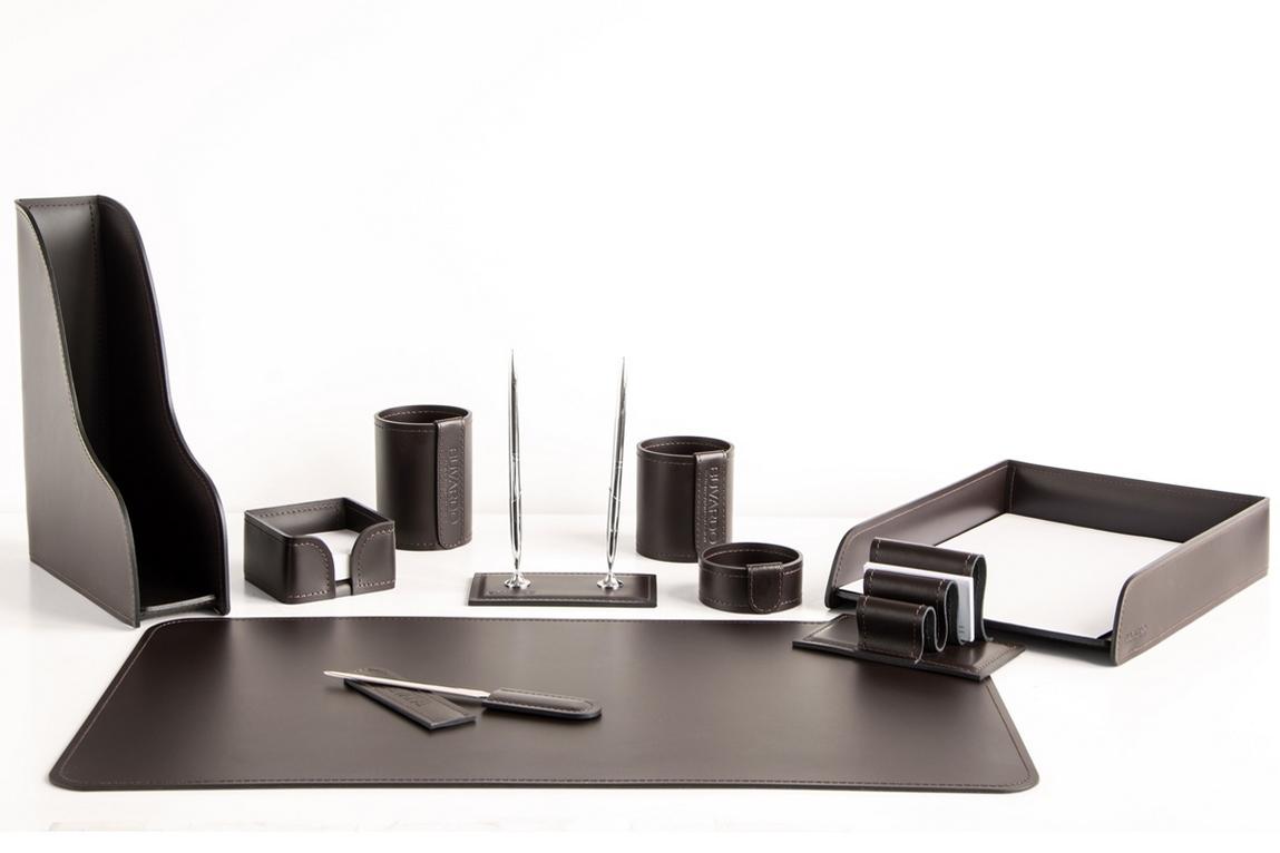 фото 1. Набор на стол руководителя арт.1482-СТ 10 предметов кожа Cuoietto (Италия) на фото цвет темно-коричневый шоколад.