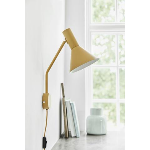 Лампа настенная Lyss, миндальная матовая