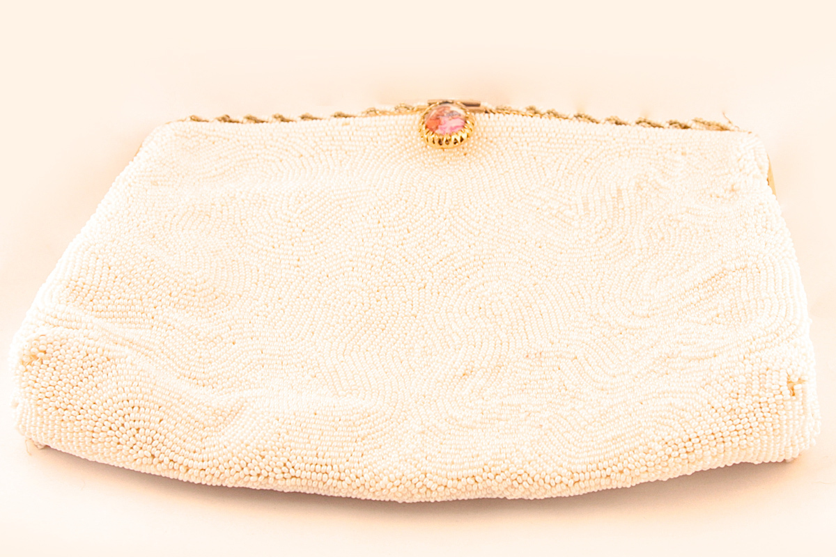 Elegant purse with porcelain clasp embroidered with beads by Walborg, France