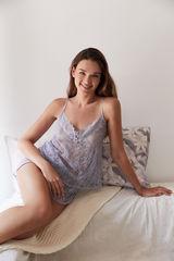 Короткая пижама с топом на бретелях из кружева