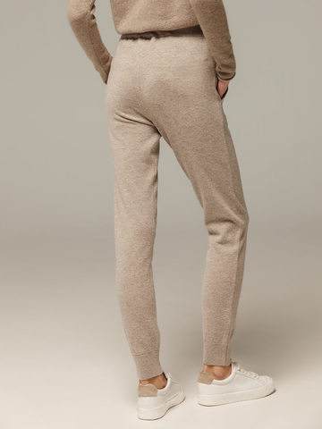 Женские брюки песочного цвета с карманами из шерсти и кашемира - фото 2