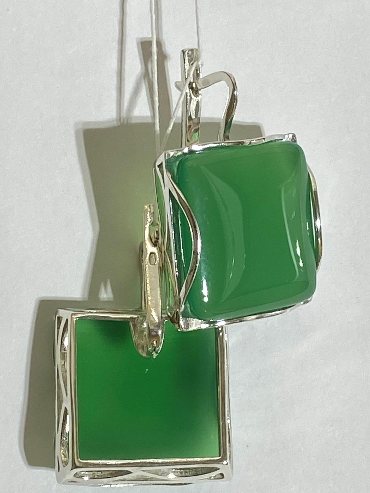 Градэ-агат зел. (серьги из серебра)