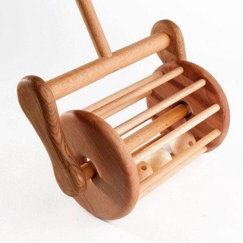 Средняя каталка-гремелка на палке