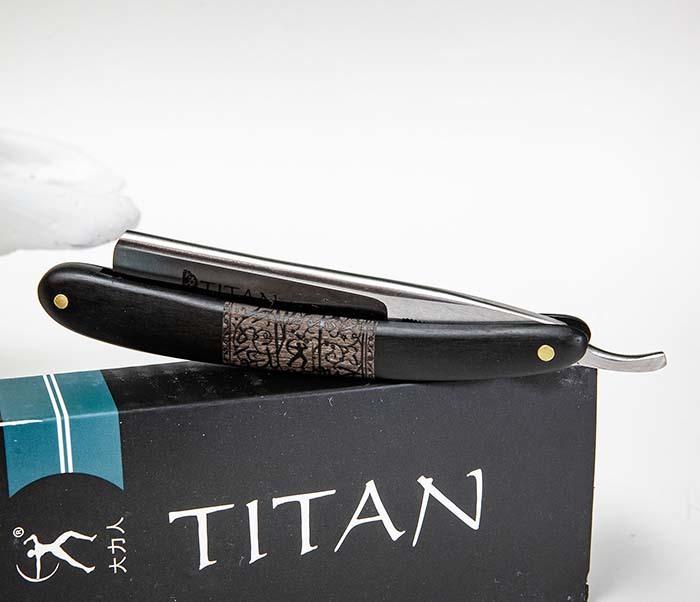 RAZ520-1 Опасная бритва бренда «Titan» с черной деревянной рукояткой фото 04