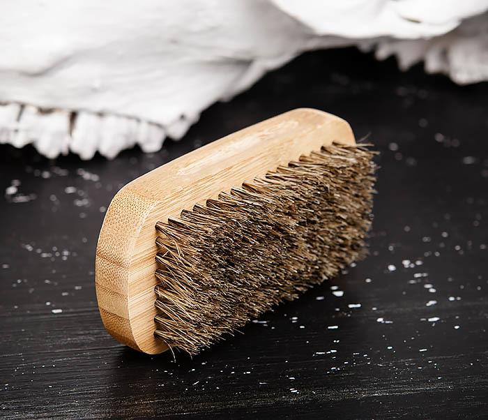 RAZ448 Крупная щетка для бороды из дерева фото 04