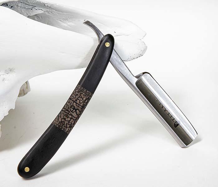 RAZ520-1 Опасная бритва бренда «Titan» с черной деревянной рукояткой фото 07