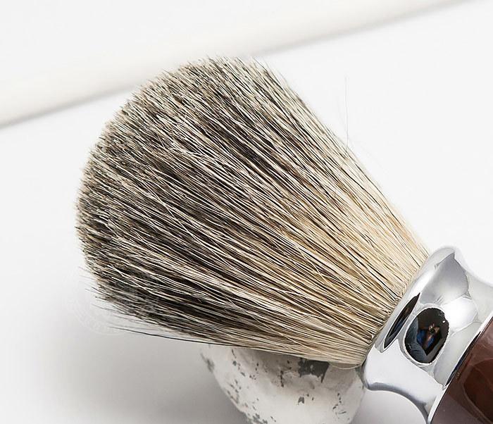 RAZ303-2 Помазок из волоса барсука с коричневой рукояткой фото 03