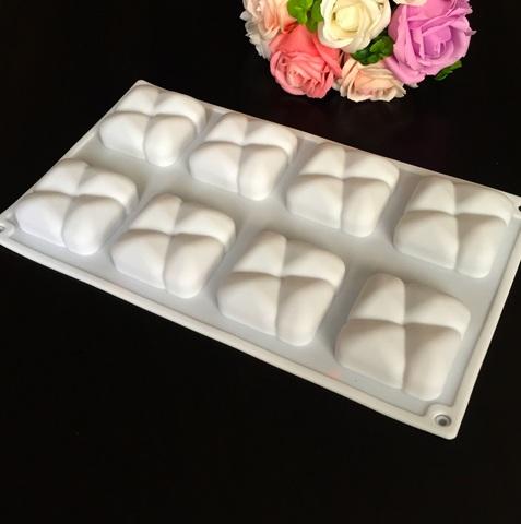 Силиконовая форма для выпечки пирожных ОРЕЛЬЕ квадратики с прожилками 8в1 (55х55мм)