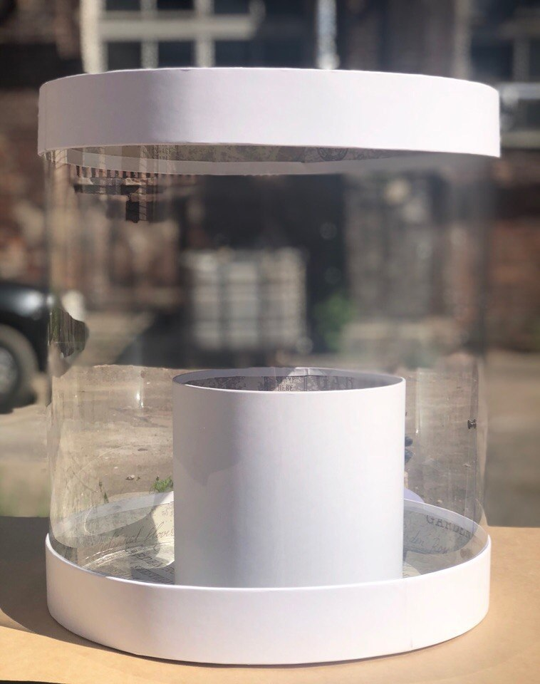 Коробка аквариум 32см Цвет :Белый. Розница 600  рублей .