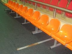 Скамья для игроков с индивидуальными пластиковыми сидениями (на 5 мест.)