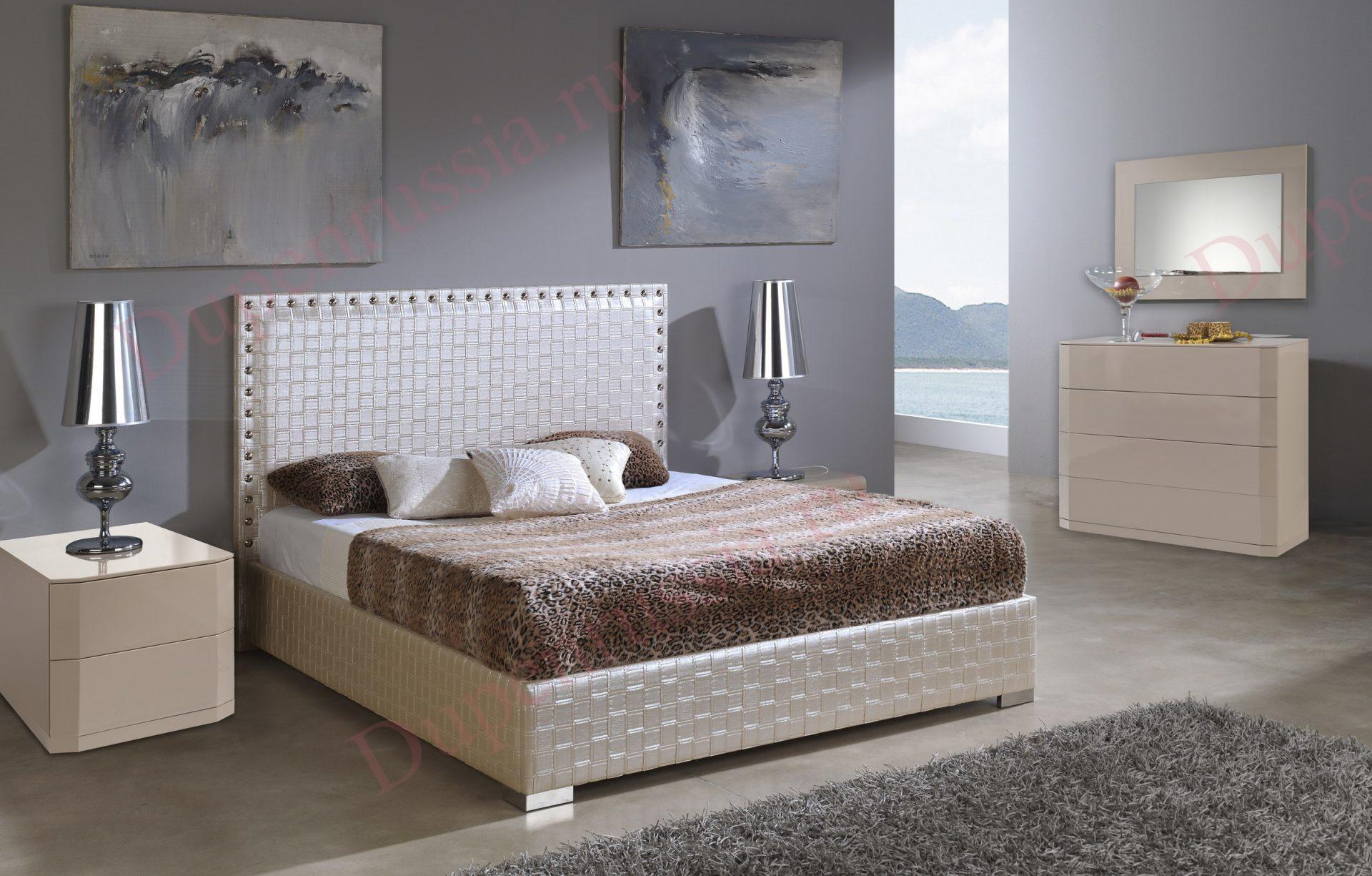 Кровать DUPEN 649 MANHATTAN, Комод горизонтальный С-102 мока, Тумба прикроватная М-102 мока