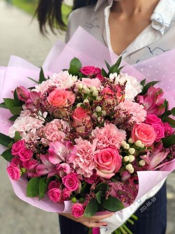 Букет из розовых цветов #1972