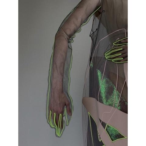 Onoma Варежки с неоновой вышивкой