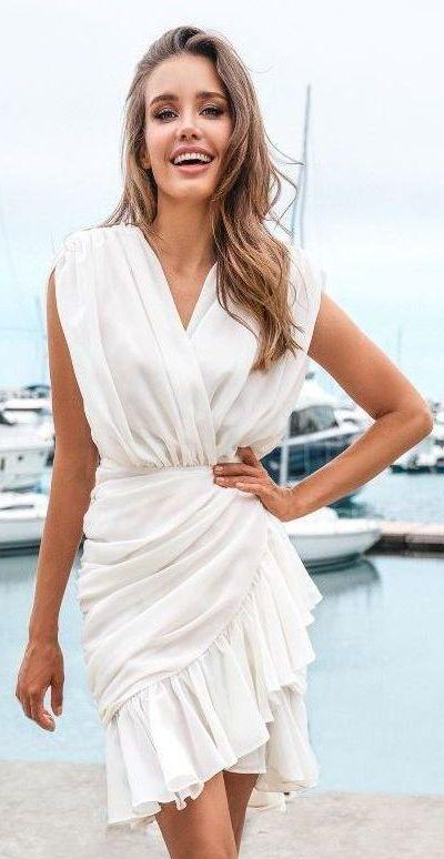 Платье  из шифона цвета айвори