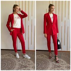 Красный приталеный пиджак