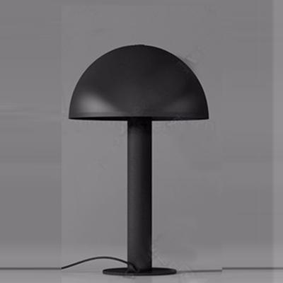 Настольная лампа Bates Table Lamp