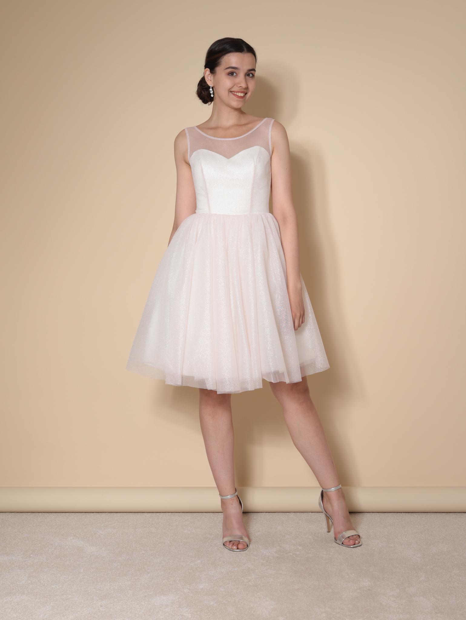 Блестящее платье-мини без рукавов в стиле бэби-долл