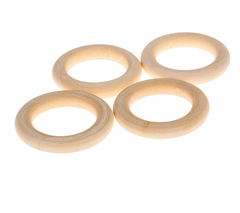 Кольца деревянные, натуральные.