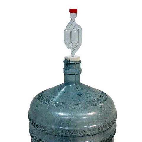 Пробка с отверстием под гидрозатвор 44/48 мм