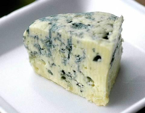 Сыр Горгонзола  СЫРЫ И КОЛБАСЫ ИП ПОТАПОВА 1кг