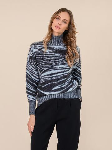 Женский свитер черного цвета из мохера - фото 2
