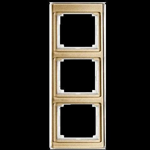 Рамка на 3 поста, вертикальная. Цвет Золотая бронза. JUNG SL. SL583GB