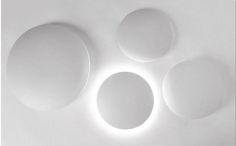 Настенный светильник Puck by Vibia (3 плафона)