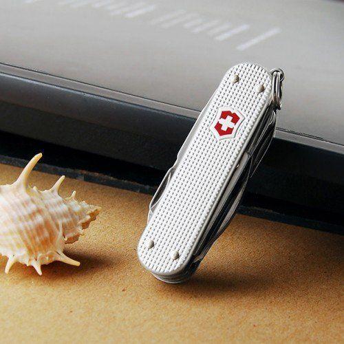 Нож-брелок Victorinox Alox MiniChamp (0.6381.26) 58 мм., алюминиевая рукоять, серебристый - Wenger-Victorinox.Ru