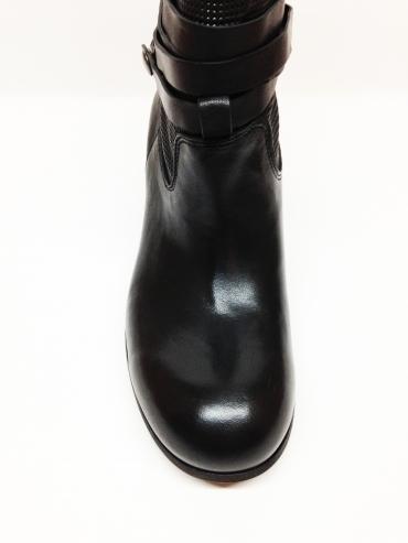 Осенние ботинки Fru.it в стиле казаки 5185, артикул 5185, сезон осень, цвет чёрный, материал кожа, цена 8 500 руб., veroitaly.ru