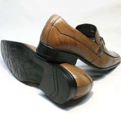 Классические мужские туфли под костюм Mariner 12211 Light Brown.