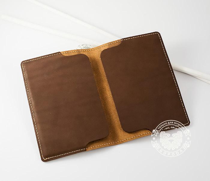 BY14-09-07 Красивая обложка на паспорт из кожи «Огненный дракон» фото 04