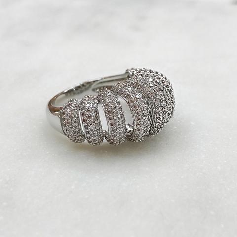 Кольцо Zircon с поперечными дорожками пале (юв.сплав)