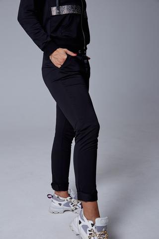Спортивный костюм женский с капюшоном черный недорого