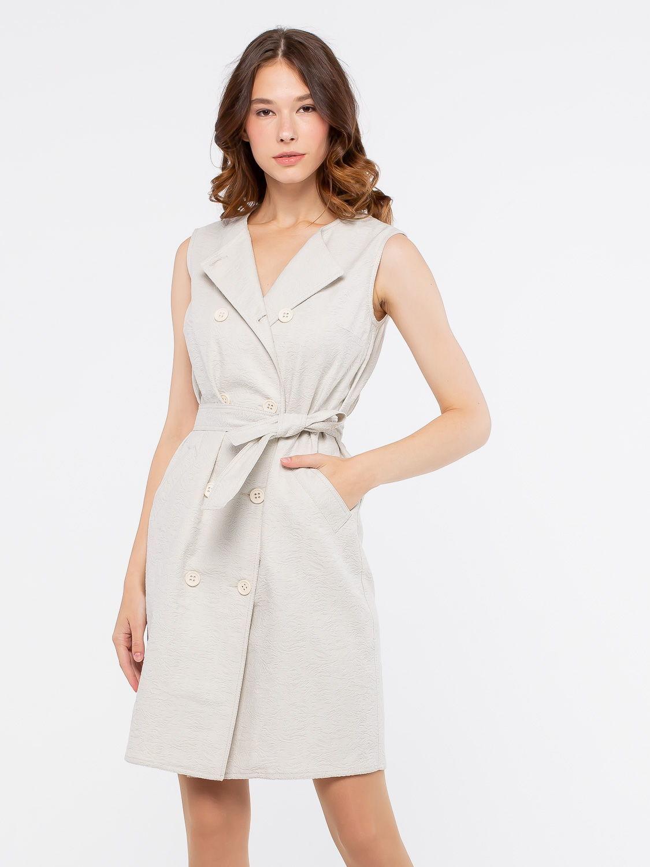 Платье З115-561 - Стильная и практичная модель 2 в 1  из фактурного жаккардового хлопка.   Модель с двубортной застежкой на пуговицы по всей длине можно носить как платье или как жилет. В комплекте пояс из такой же ткани. Проявив немного фантазии, вы получите много вариантов для создания оригинального и  безупречного образа.