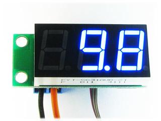 Встраиваемый цифровой термометр с выносным датчиком, ультра-яркий голубой индикатор.