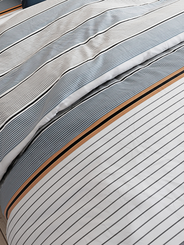 Простынь на резинке  -Аляска- натяжная 90х200х26 см 1,5-спальная
