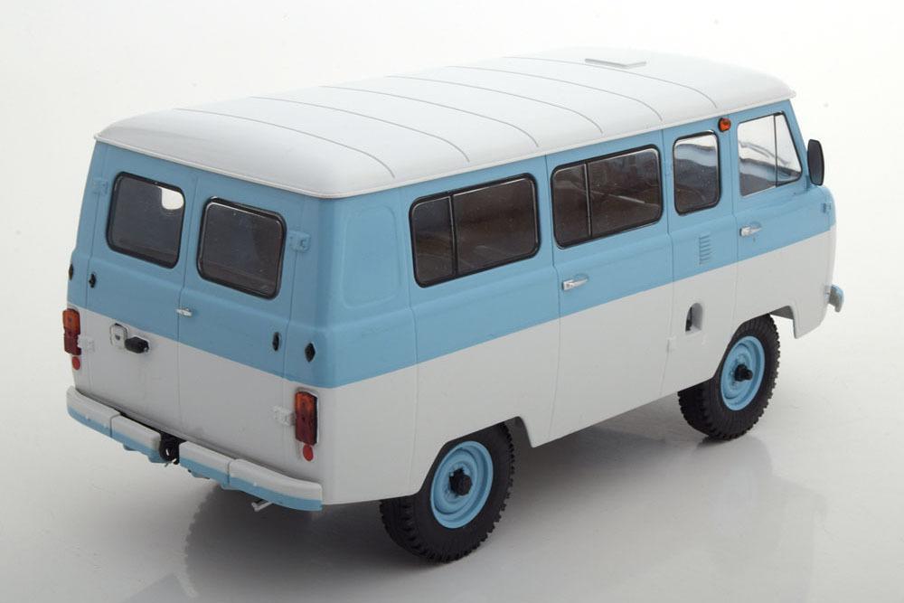 Коллекционная модель UAZ 452 VAN 1980 BLUE/WHITE