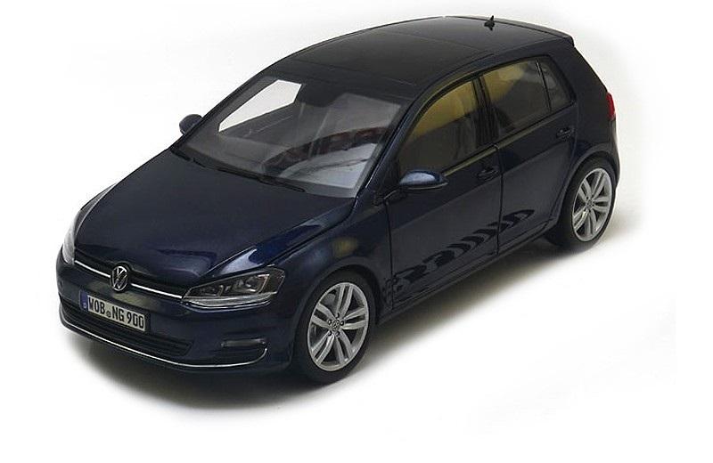 Коллекционная модель Volkswagen Rabbit (Golf) 7 2013