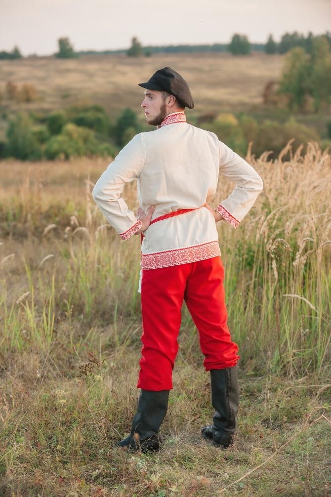 Мужской русский костюм Раздолье вид сзади