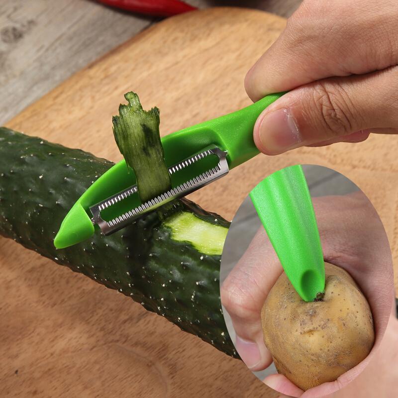 Овощечистка Victorinox Universal Peeler 7.6075.4   специальное заострение для удаления картофельных глазков