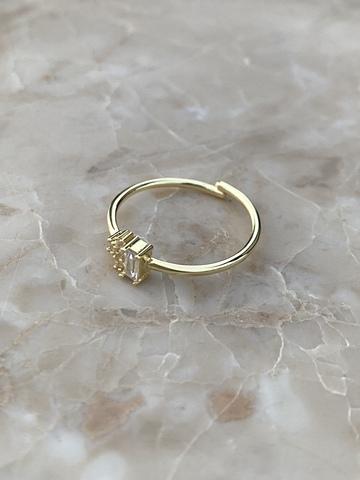 Кольцо Лайт из позолоченного серебра с прозрачным цирконом
