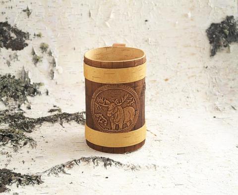 Кружка из бересты с тиснёным изображением лося