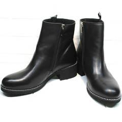Полусапожки с молнией женские Jina 6845 Leather Black.