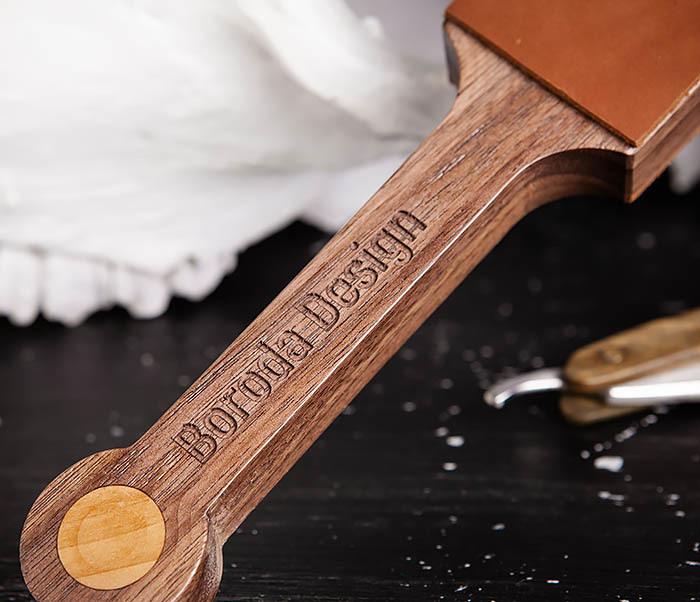 RAZ464 Кожаный ремень с деревянной рукояткой для правки бритвы фото 02