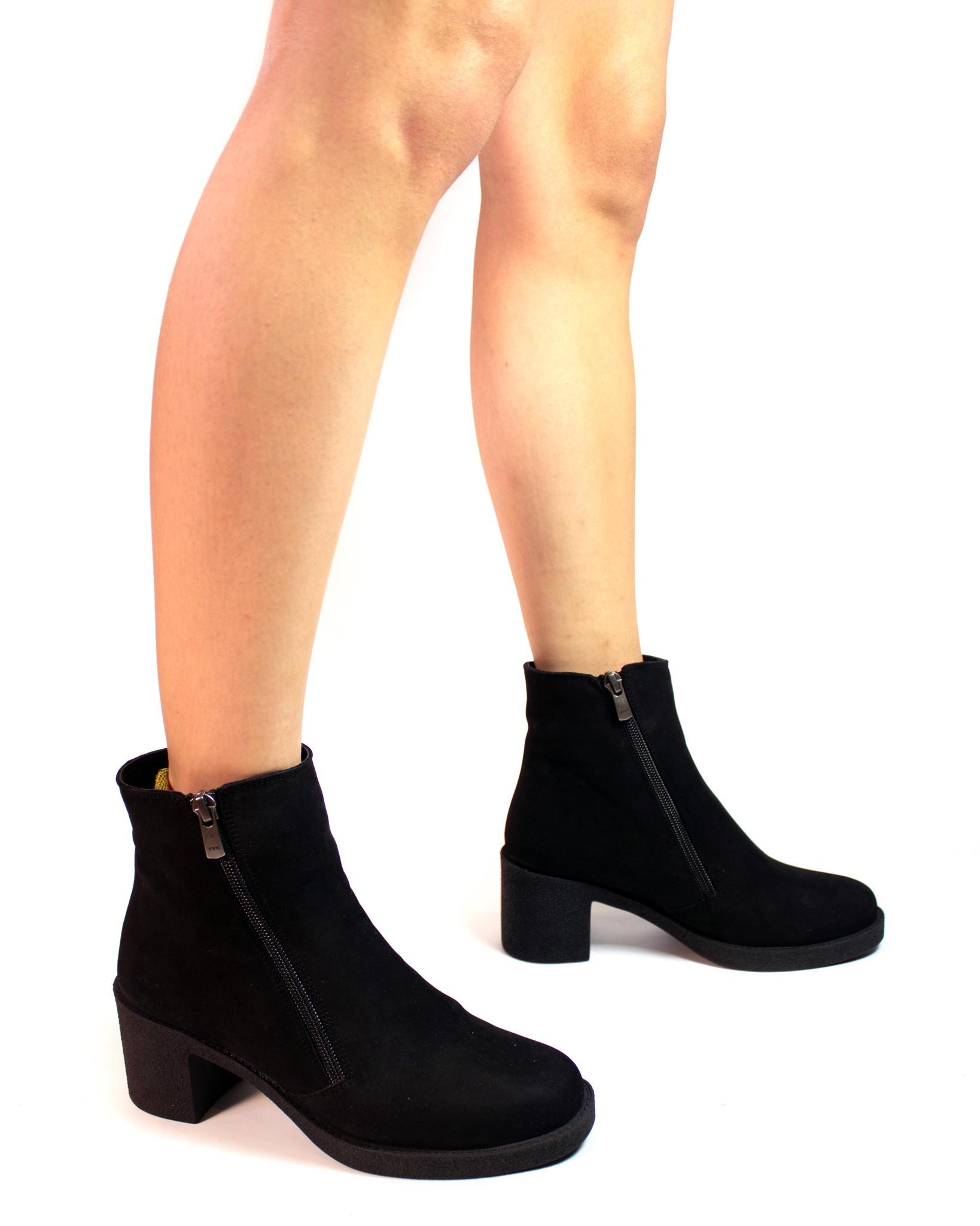 замшевые ботинки SM
