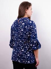 Мила. Стильная блуза больших размеров. Синий+цветы.