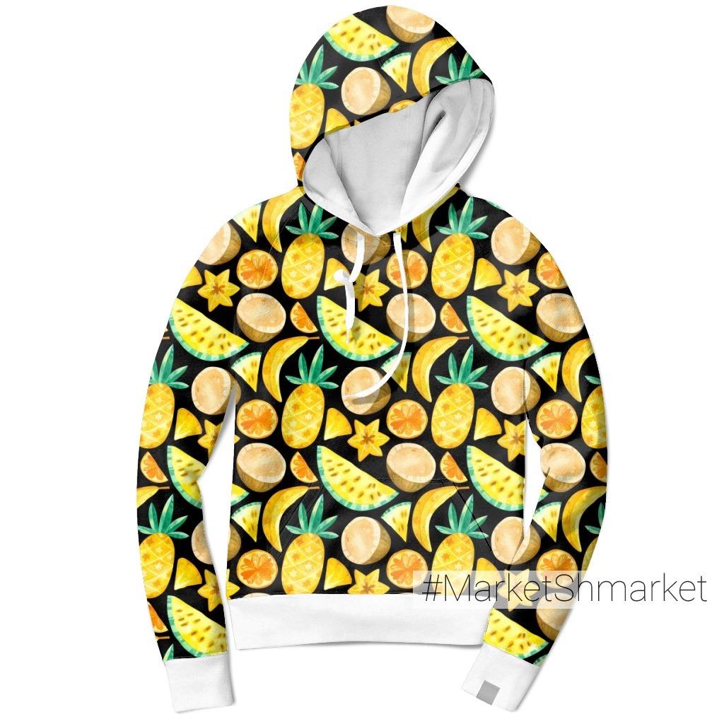 Тропические фрукты на черном фоне